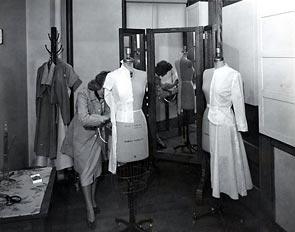 activity_dressmaker